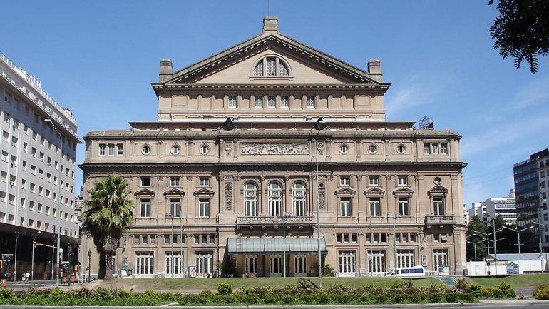 Teatro Colón de Buenos Aires by Esencia Viajes