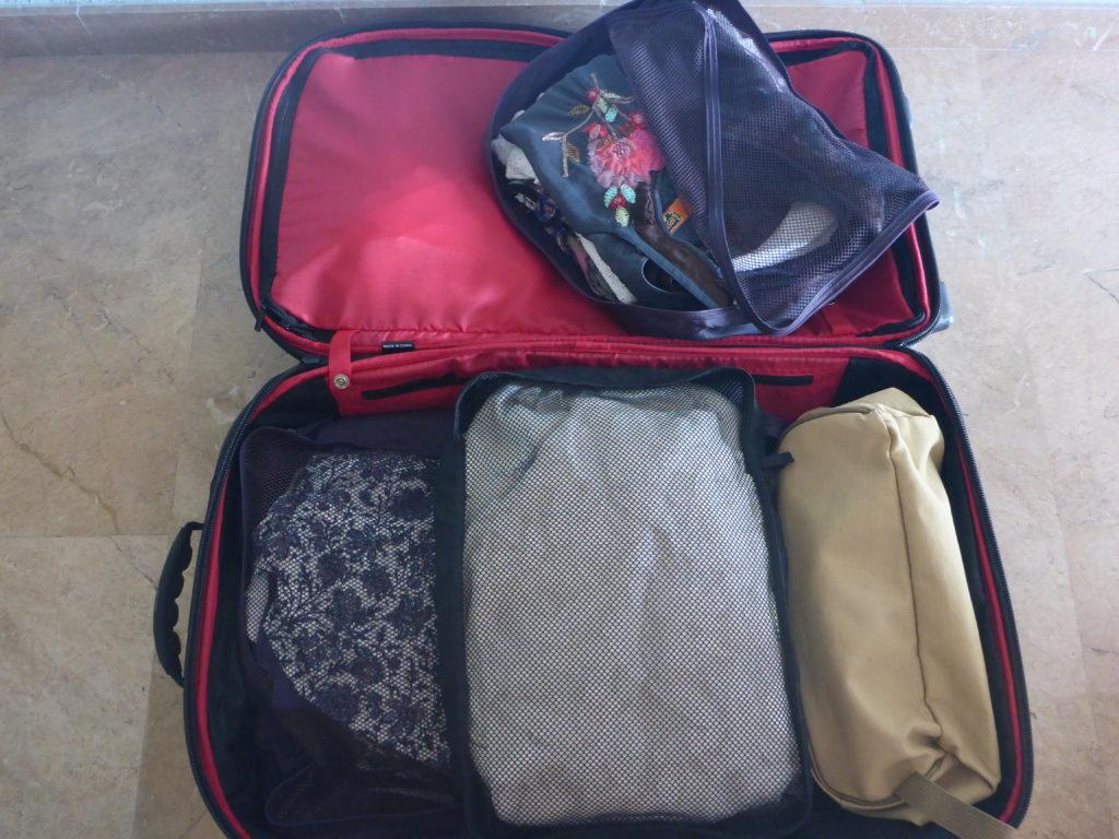 Organizar la maleta - Esencia Viajes